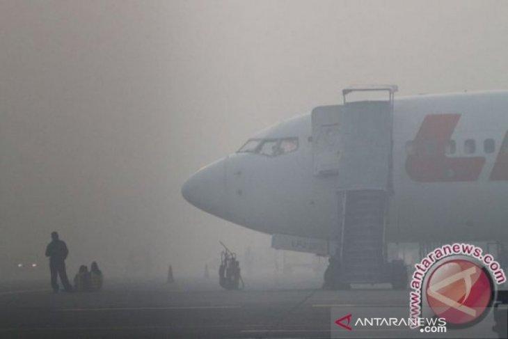 Thickening smog disrupts Palangka Raya airport's flight schedules