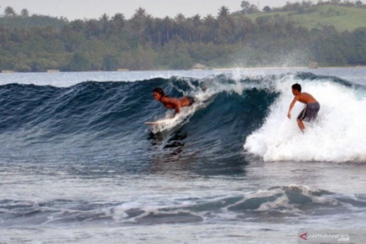 Nias Island prepped to engage international surfers, tourists