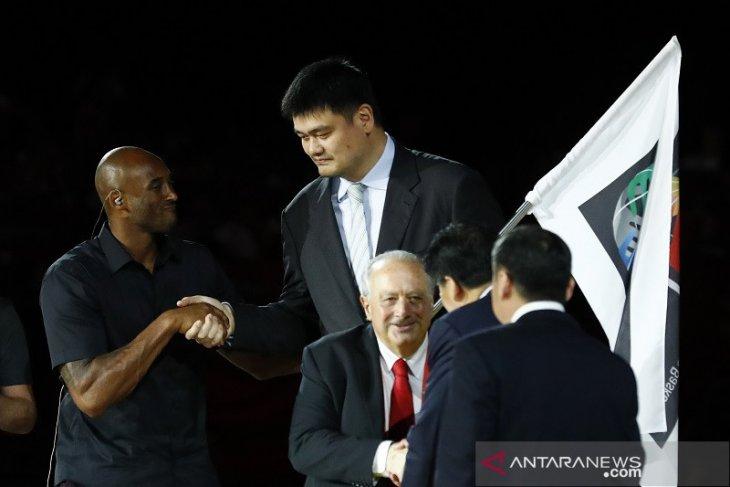 Indonesia, Filipina, dan Jepang terima bendera tuan rumah Piala Dunia Basket
