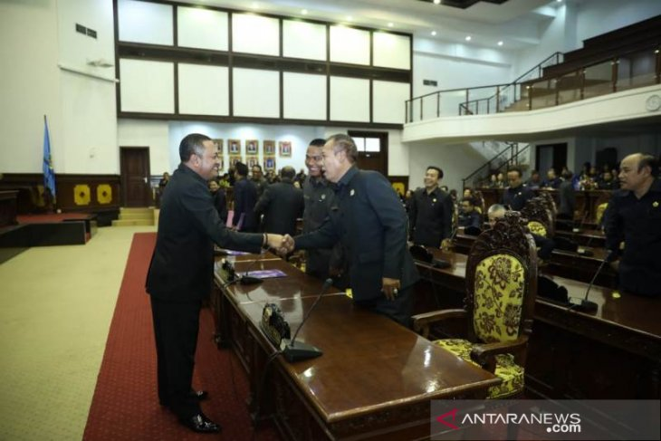DPRD Gianyar sepakati Ranperda perubahan APBD jadi perda