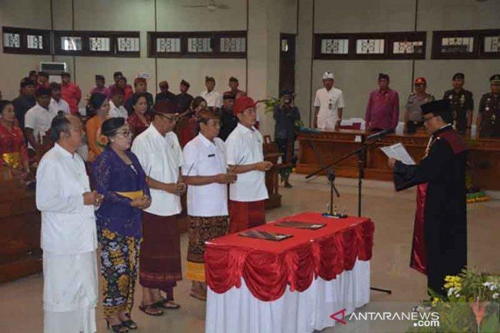 Pimpinan DPRD Buleleng dilantik