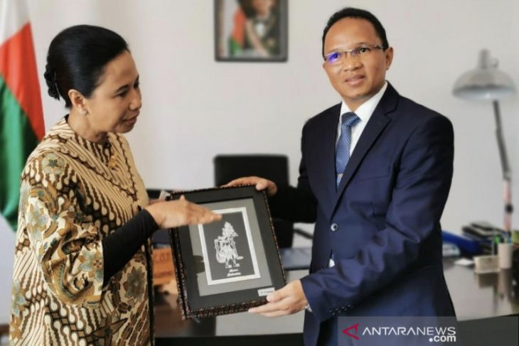 Five Indonesian BUMNs to work on mining projects in Madagascar