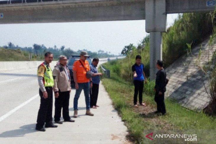 Polisi telusuri penemuan mayat di tol Bocimi