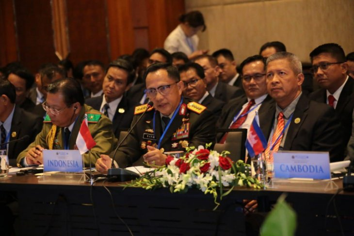Police chief leads Indonesian delegation to 39th ASEANAPOL conference