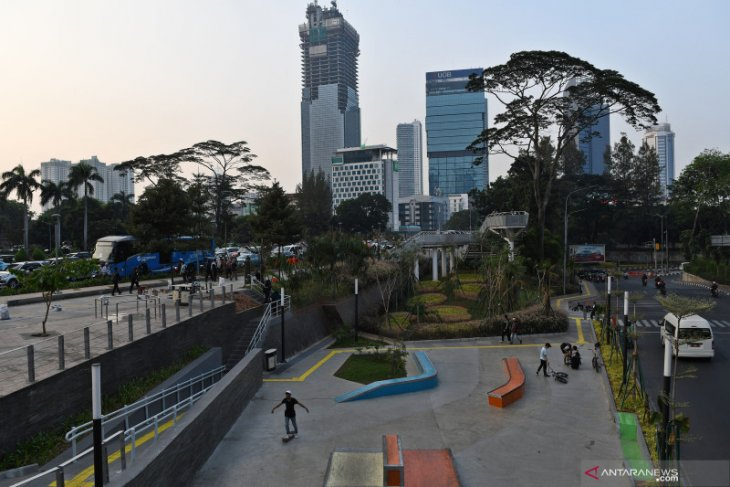 """Jakarta builds 37 """"Move forward together"""" public parks"""