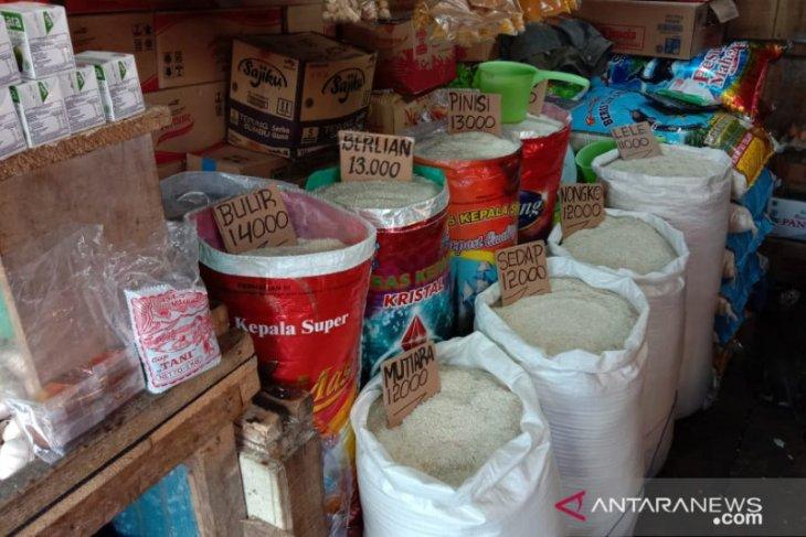 Polresta Ambon video viral beras mengandung plastik di Ambon hanya hoaks