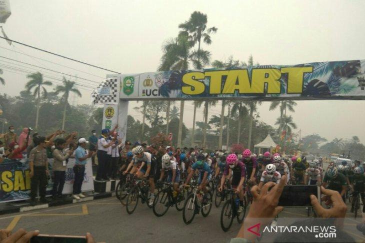 Tour de Siak continues despite forest fire-induced haze: Riau Governor