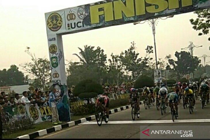 Tour de Siak stage 3 cancelled after smog
