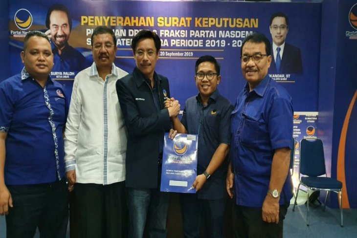 DPP Partai NasDem serahkan SK Ketua DPRD Sibolga kepada Akhmad Syukri