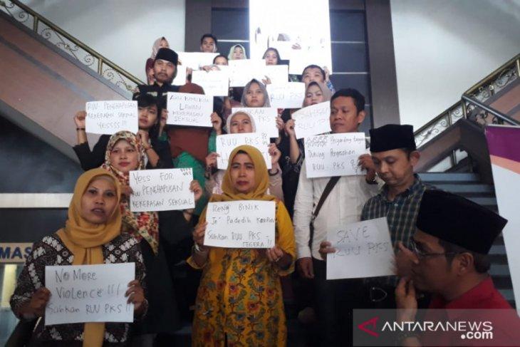Aktivis berbagai elemen di Jember desak DPR sahkan RUU PKS