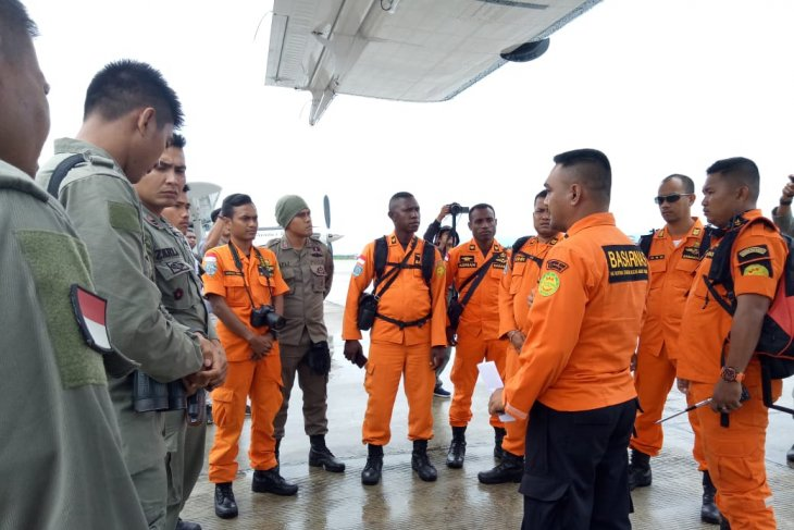 Pesawat hilang kontak, SAR minta dukungan warga Hoeya bantu pencarian