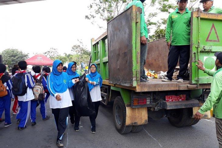 World Clean Up Day di Kediri