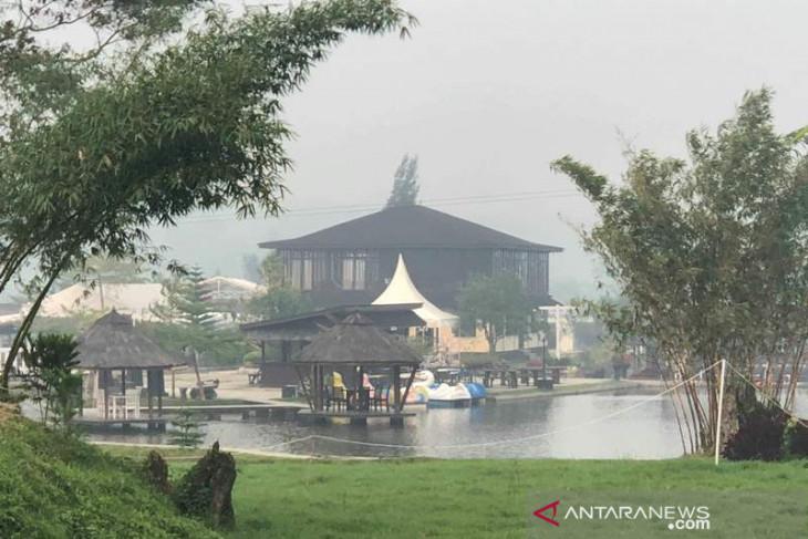 Dampak asap, pengunjung Syaakirah the view and resto Tapsel berkurang