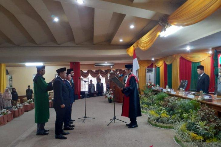 H Yamani Resmi Pimpin DPRD Tapin