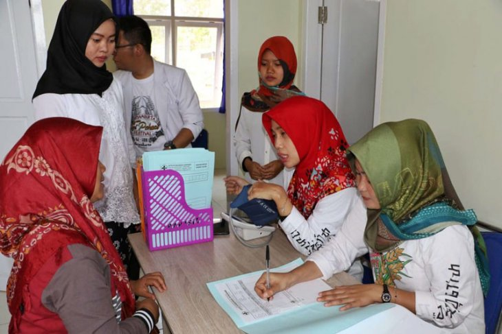 Pemkab Purwakarta maksimalkan pelayanan kesehatan melalui program Saung Ambu