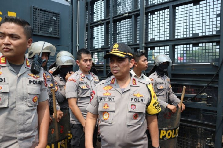 Chief of Jakarta Police observes demonstration site