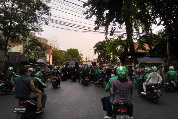 Demo mahasiswa, pengemudi ojol tidak dapat melayani pesanan