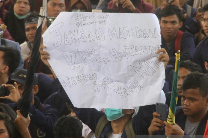 Ribuan mahasiswa tuntut pemerintah sekarang serius tangani Karhutla