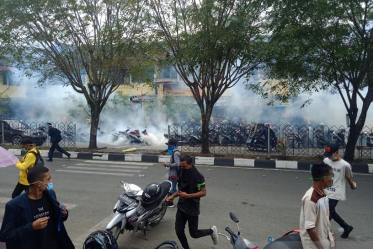 Demo mahasiswa, polisi amankan seorang diduga penyusup di Aceh Barat