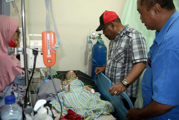 Gubernur Maluku tinjau korban gempa di RSUD dr M Haulussy Ambon