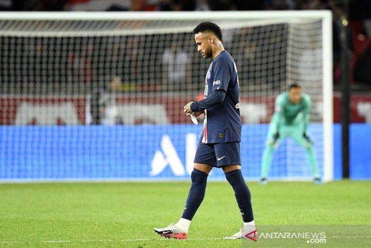 Pemain Barcelona kumpulkan uang untuk boyong Neymar dari PSG