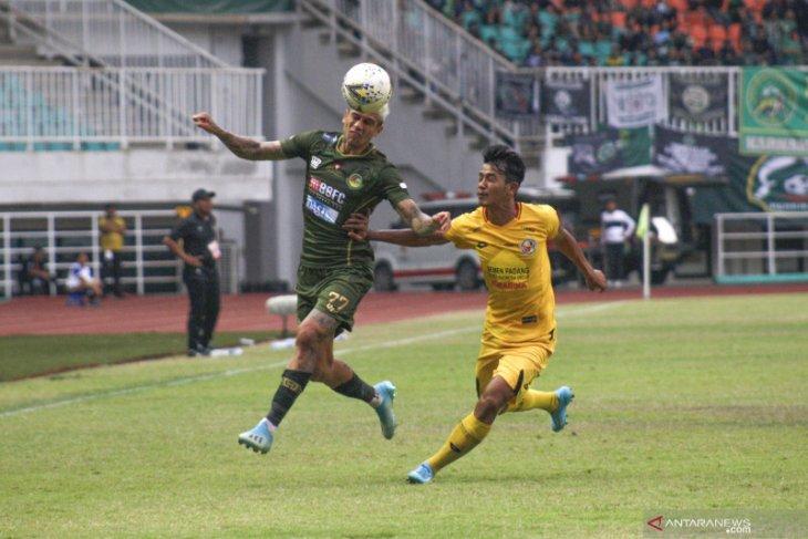 Imbang 1-1 dengan Semen Padang, TIRA Persikabo gagal dekati Bali United