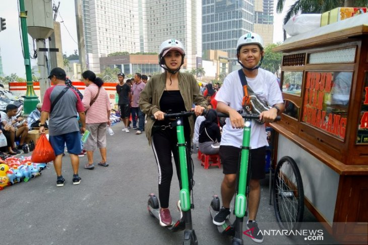 Minister to issue regulation on electric scooter operation