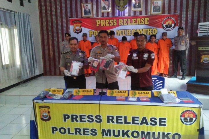 Polres Mukomuko kembangkan kasus narkotika di perbatasan Sumbar