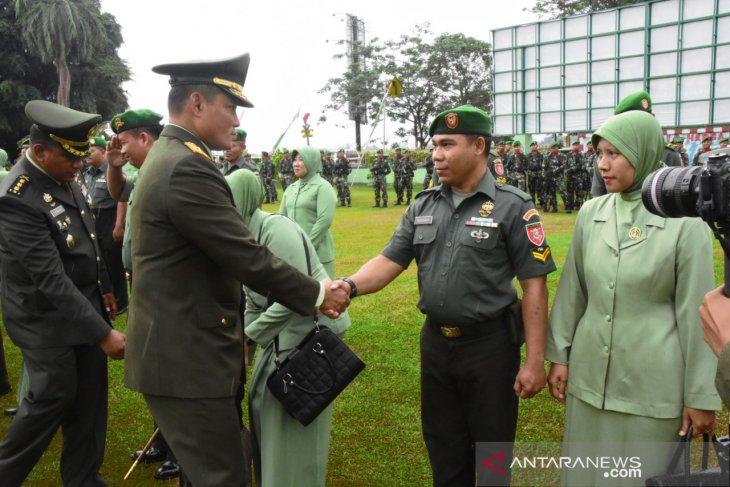 Kesaktian Pancasila diwarnai kenaikan pangkat prajurit