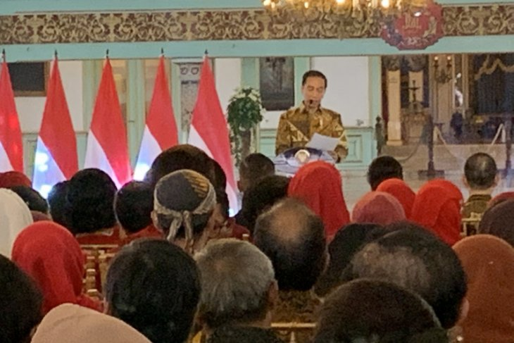 UNESCO starts evaluation on recognition to batik: Jokowi