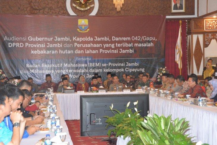 Gubernur terima berbagai masukan BEM se-Provinsi Jambi soal penanggulangan karhutla