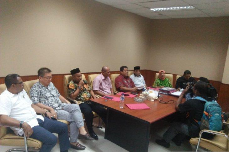 Pengusulan pimpinan DPRD Maluku ke Kemendagri tanpa Fraksi Gerindra