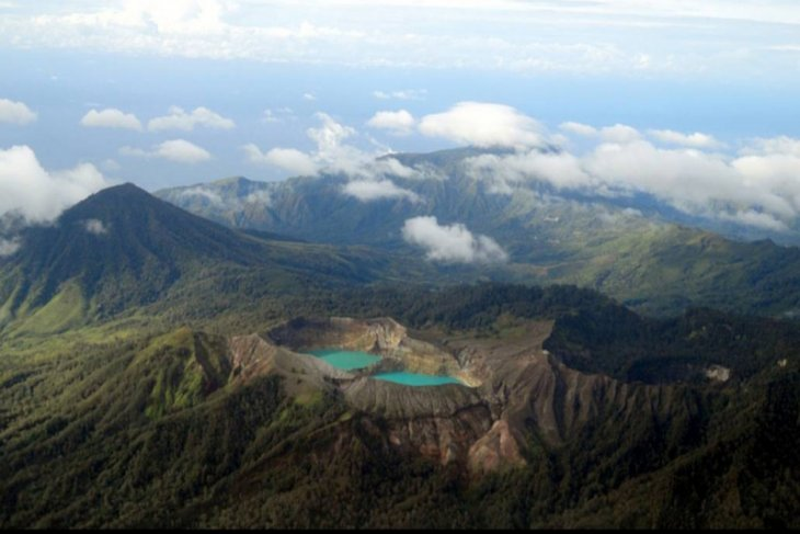 Geopark status for Kelimutu National Park by 2021
