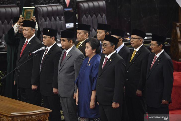 Profil - Lestari Moerdijat, wanita pendatang baru pimpinan MPR