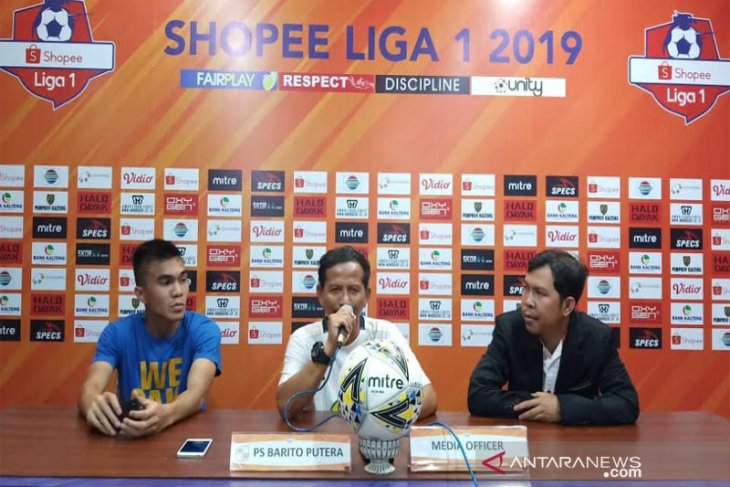 Tiga pemain Barito Putera absen saat  bertanding dengan Kalteng Putra