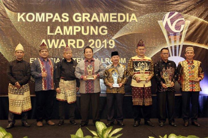 Arinal Raih Penghargaan Inovasi Pertanian dan Kesehatan Kompas Gramedia Award 2019