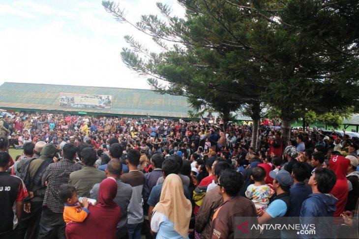 Thousands of Jayawijaya refugees return home