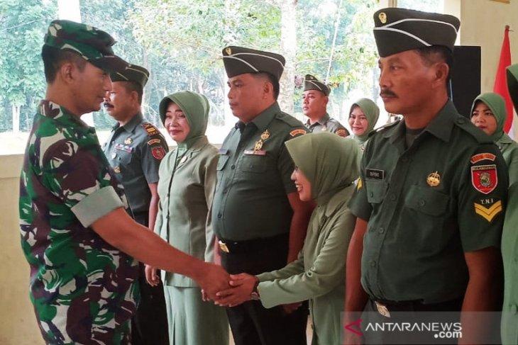18 Anggota Kodim 1002/Barabai naik pangkat