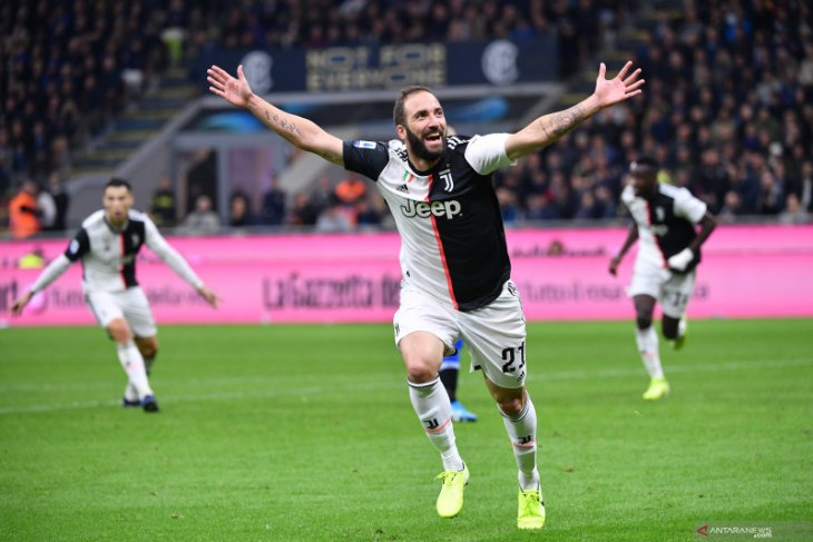 Juventus resmi melepas Gonzalo Higuain