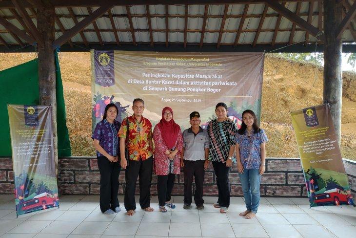 Vokasi UI berdayakan masyarakat di Geopark Gunung Pongkor Bogor
