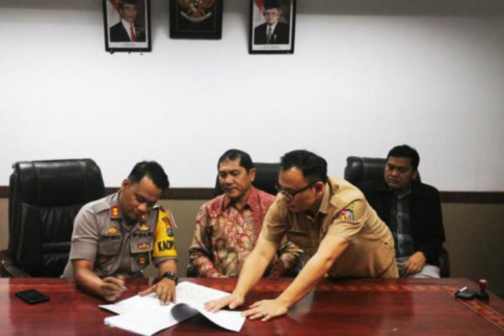 Bupati Karo tandatangani NPHD