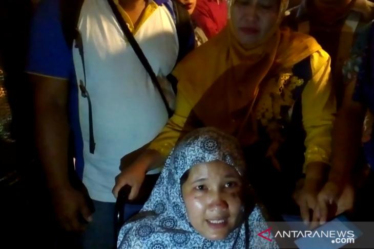 Korban merusuhan Wamena sampai di Padang dengan bekas luka bakar