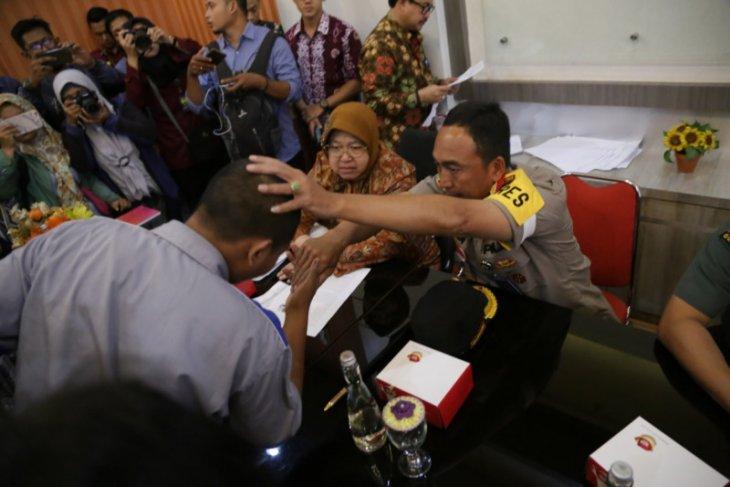 Wali Kota dan Kapolrestabes Surabaya beri arahan anak geng terindikasi tawuran