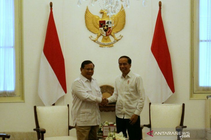 After SBY meeting, Jokowi invites Prabowo Subianto to Merdeka Palace