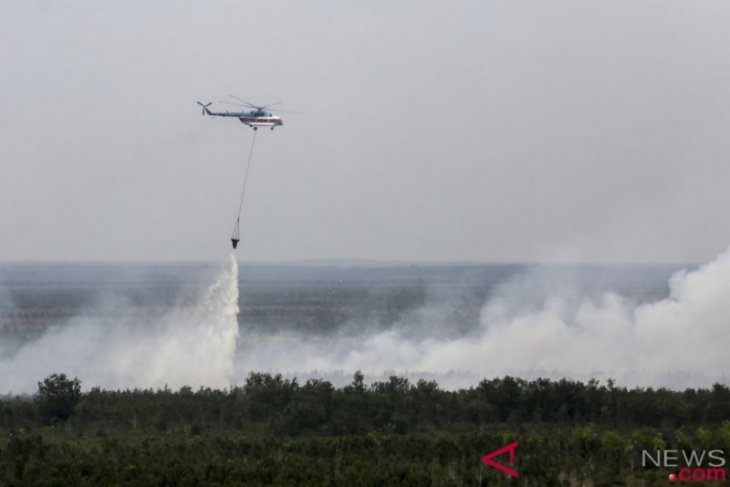 South Sumatra BPBD's five water bombers deployed for fire suppression