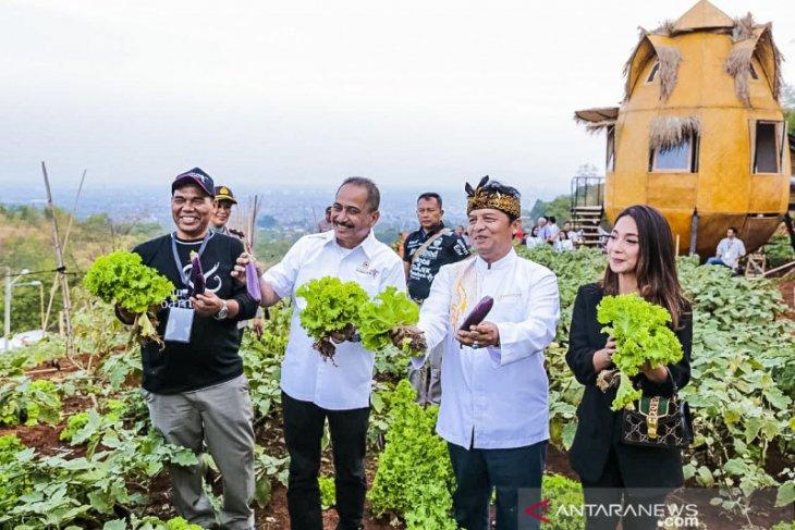 Menpar minta Pasar Puri Bambu Bandung jadi destinasi digital inovatif