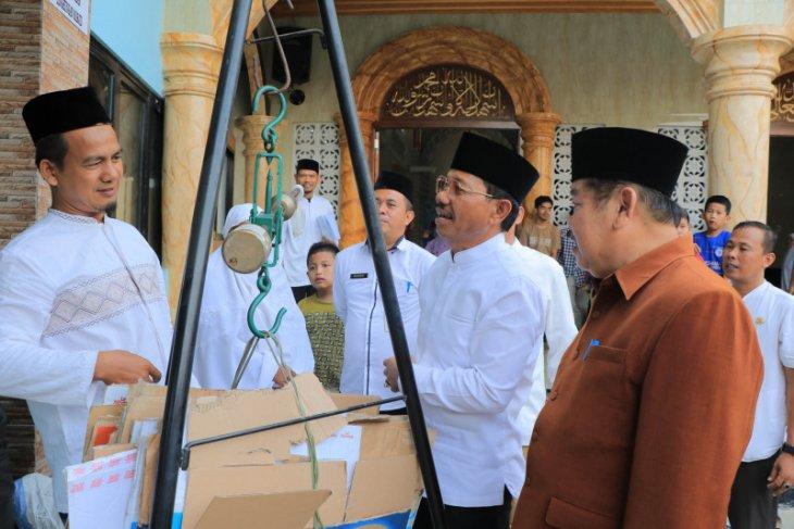 ATM beras dan sedekah sampah hadir di Tangerang Banten