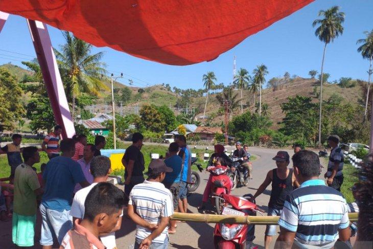DPRD Gorontalo Utara imbau warga buka akses jalan lintas Sulawesi