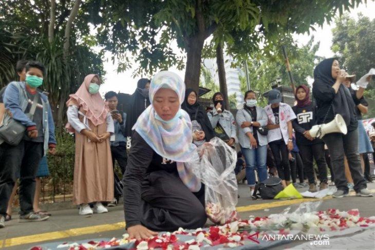 Kompolnas dinilai pasif meski penanganan demo menimbulkan korban jiwa