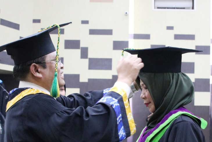 ULM rector provides up to IDR500 million for lecturer to be professor